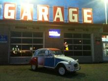 Prise de la 2cv au Garage de Mr louis - Auto Station à Laurier Station